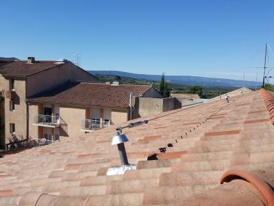 Point d'ancrage pour ligne de vie sur toiture
