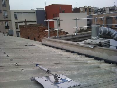 Ligne de vie et garde-corps pour toiture