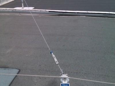 Installation d'une ligne de vie sur toiture