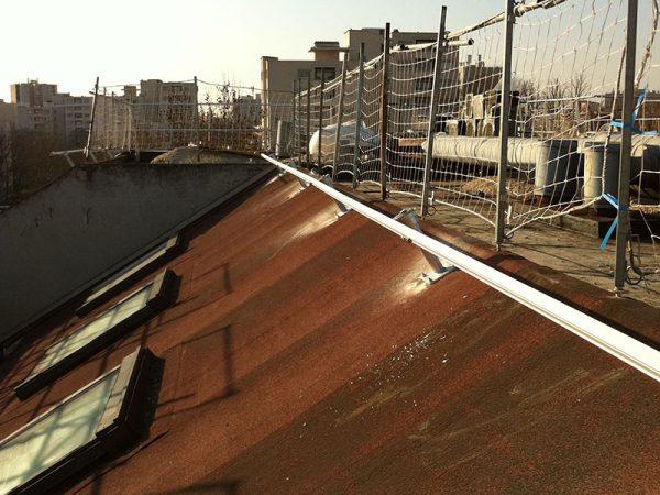 Ligne de vie sur un toit