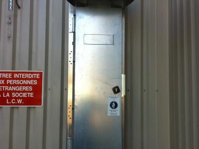 Porte d'accès sécurisée