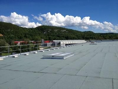 Garde-corps rabattables sur toit-terrasse