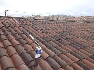 Point d'ancrage sur toiture pour une ligne de vie