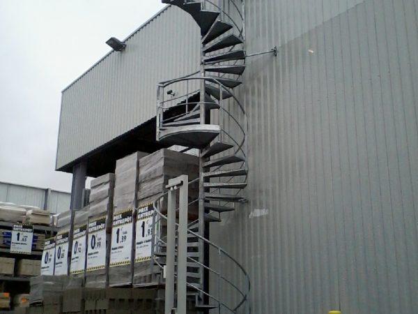 Escalier industriel extérieur